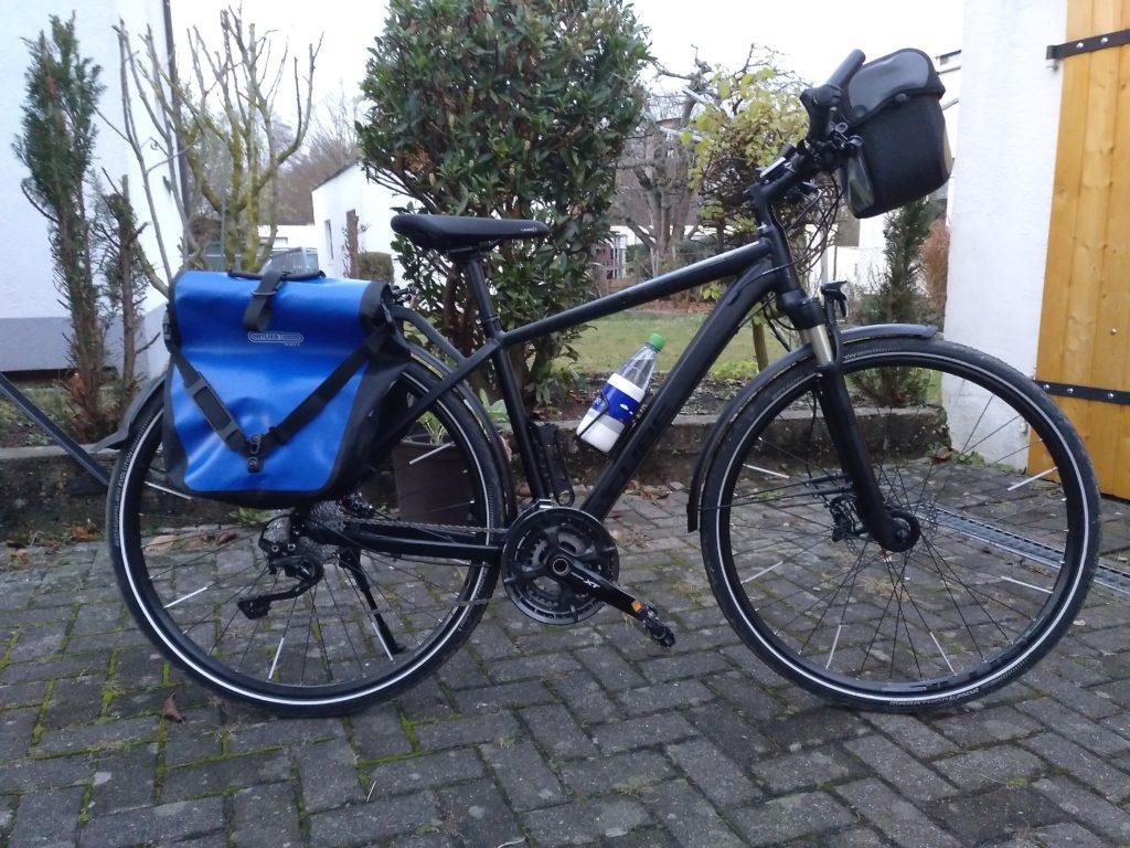 Friedeman - Cube Kathmandu das ist mein Tour Rad